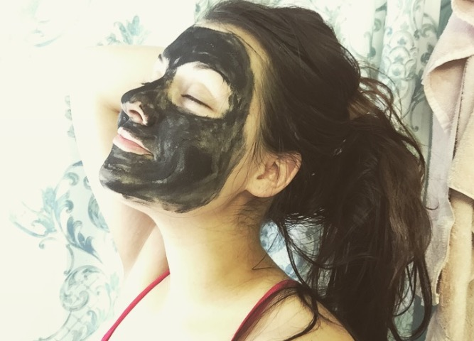 So, I tried a charcoal face mask today