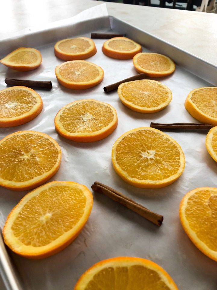 How to make orange slice garland